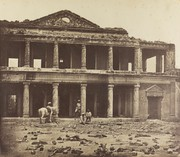 Page 3. felice beato. pladsen ved sikandarbagh i lucknow  1858 2500x2180