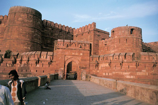 Wide agra fort